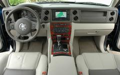 2006 Jeep Commander Photo 3