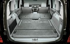 2006 Jeep Commander interior