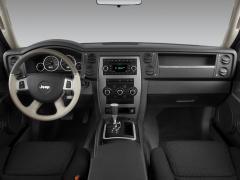 2008 Jeep Commander Photo 2