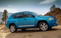 2009 Jeep Compass Sport FWD Photo 5