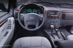 2003 Jeep Grand Cherokee Photo 3