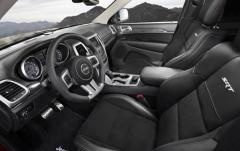 2012 Jeep Grand Cherokee interior