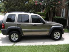 2003 Jeep Liberty Photo 2