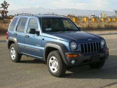 2004 Jeep Liberty Photo 3