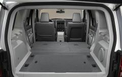2012 Jeep Liberty Limited 2WD interior