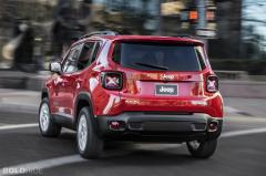 2015 Jeep Renegade Photo 3