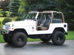 1999 Jeep Wrangler Photo 2