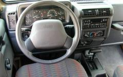2001 Jeep Wrangler interior