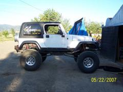 2004 Jeep Wrangler X Photo 2