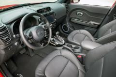 2015 Kia Soul Base interior