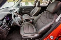 2017 Kia Soul Base 6M interior