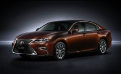 2016 Lexus ES 300h Photo 1
