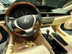 2013 Lexus ES 350 Photo 4