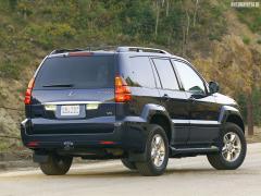 2003 Lexus GX 470 Photo 2