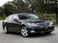 2011 Lexus LS 460 Photo 1