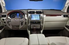 2011 Lexus LS 460 Photo 3