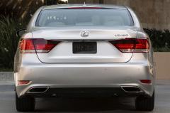 2016 Lexus LS 460 exterior
