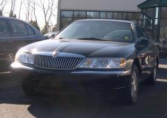 1999 Lincoln Continental Photo 2