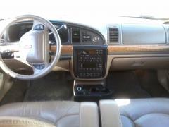 1999 Lincoln Continental Photo 3