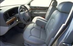 1999 Lincoln Continental interior