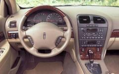 2002 Lincoln LS interior