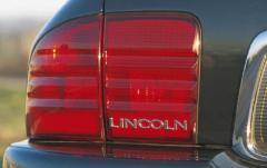 2002 Lincoln LS exterior