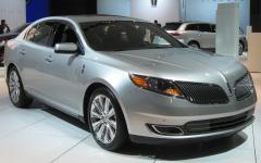 2012 Lincoln MKS Photo 1