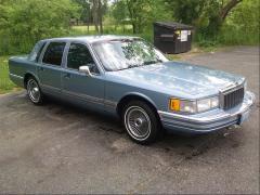 1990 Lincoln Town Car Photo 4