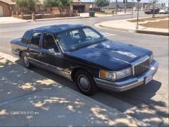 1990 Lincoln Town Car Photo 7
