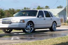 1994 Lincoln Town Car Photo 1