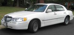 2010 Lincoln Town Car Photo 1