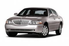 2011 Lincoln Town Car Photo 1