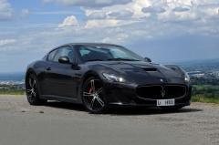 2017 Maserati GranTurismo exterior
