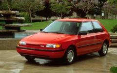 1993 Mazda 323 exterior