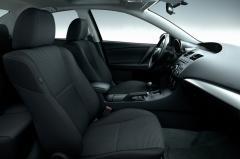 2013 Mazda MAZDA3 interior