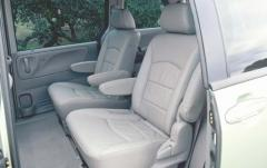 2002 Mazda MPV interior