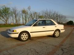 1990 Mazda Protege Photo 2