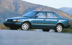 1992 Mazda Protege exterior