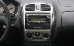 2001 Mazda Protege interior