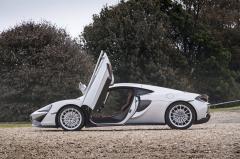 2017 McLaren 570GT exterior