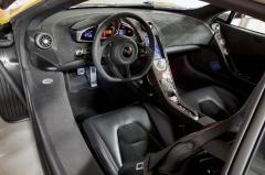 2013 McLaren MP4-12C interior