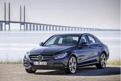 2016 Mercedes-Benz C-Class Photo 4