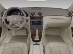2009 Mercedes-Benz CLK-Class Photo 12