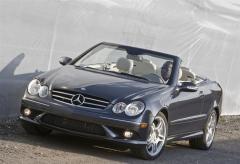 2009 Mercedes-Benz CLK-Class Photo 24