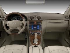 2009 Mercedes-Benz CLK-Class Photo 47