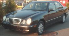 1996 Mercedes-Benz E-Class Photo 2