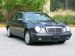1999 Mercedes-Benz E-Class Photo 1
