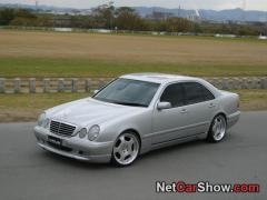 1999 Mercedes-Benz E-Class Photo 2