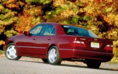 2001 Mercedes-Benz E-Class exterior