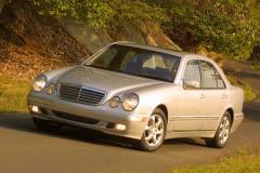 2002 Mercedes-Benz E-Class Photo 4
